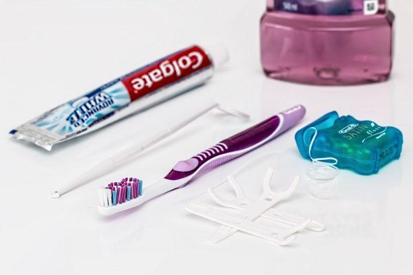 la utilización del hilo dental